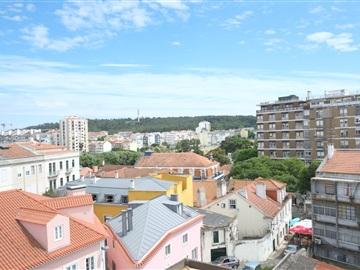 Apartamento Estúdio / Lisboa, À Igreja