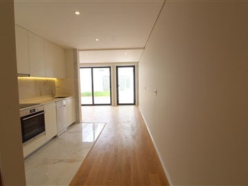 Apartamento Estúdio / Vila Nova de Gaia, Avenida República