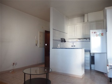 Apartamento T1 / Amadora, Reboleira, Águas Livres