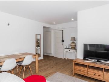 Apartamento T1 / Lisboa, À Av. Gomes Pereira