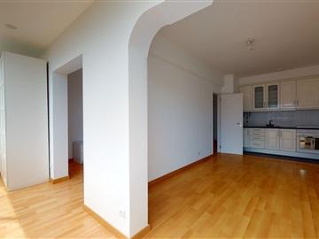 Apartamento T1 / Lisboa, Alcântara