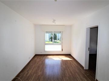 Apartamento T2 / Almada, Laranjeiro