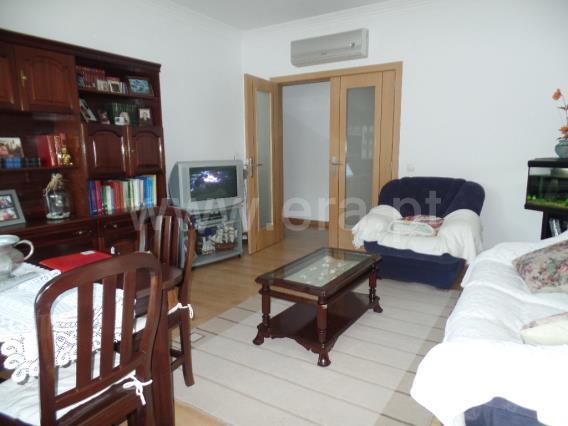 Apartamento T2 / Almada, Palhais