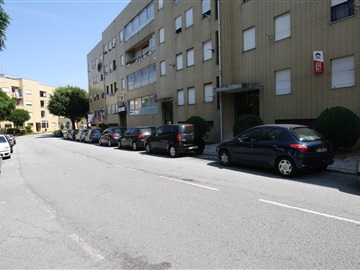 Apartamento T2 / Braga, Maximinos I