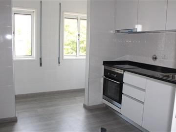 Apartamento T2 / Gondomar, Rio Tinto - Centro