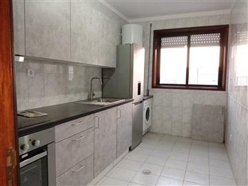 Apartamento T2 / Gondomar, Rio Tinto - Estação