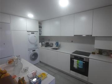 Apartamento T2 / Gondomar, Rio Tinto