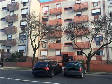 Apartamento T2 / Lisboa, Olivais Norte