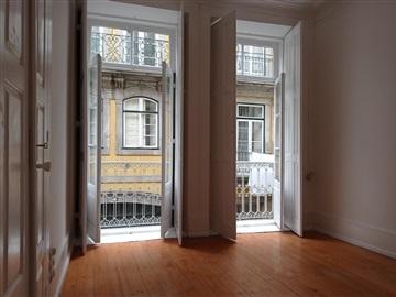 Apartamento T2 / Porto, Flores