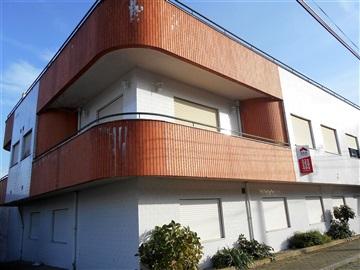Apartamento T2 / Santa Maria da Feira, Fiães