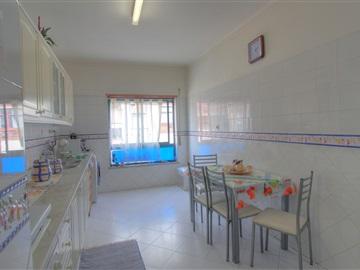 Apartamento T2 / Seixal, Paio Pires