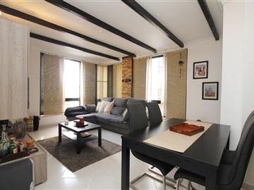Apartamento T2 / Sintra, Casal de Cambra