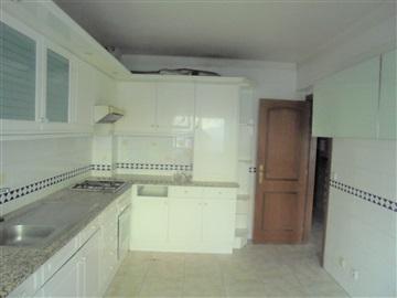 Apartamento T2 / Sintra, Monte Abraão