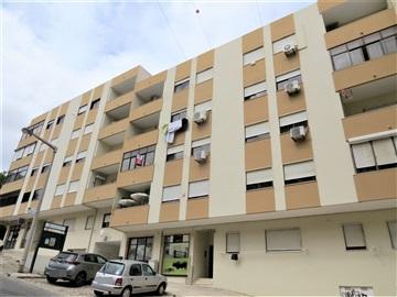 Apartamento T2 / Vila Franca de Xira, Bom Retiro