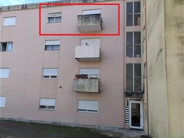 Apartamento T2 / Vila Nova de Famalicão, Vila Nova de Famalicão e Calendário