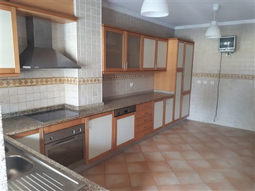 Apartamento T3 / Albergaria-a-Velha, Albergaria-a-Velha e Valmaior