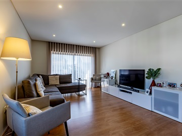 Apartamento T3 / Gondomar, Rio Tinto - Centro