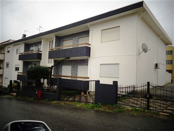 Apartamento T3 / Guimarães, Caldelas