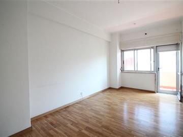 Apartamento T3 / Lisboa, Benfica