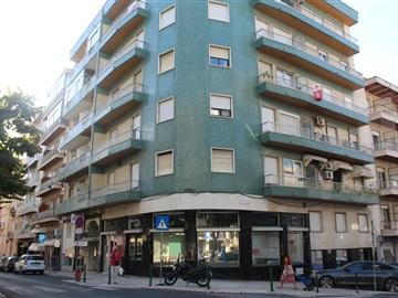 Apartamento T3 / Lisboa, Campo Pequeno