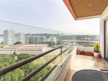 Apartamento T3 / Oeiras, Miraflores