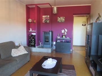 Apartamento T3 / Oliveira de Azeméis, Macieira de Sarnes