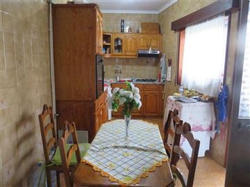 Apartamento T3 / Oliveira de Azeméis, São Roque