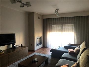 Apartamento T3 / Paços de Ferreira, Frazão Arreigada