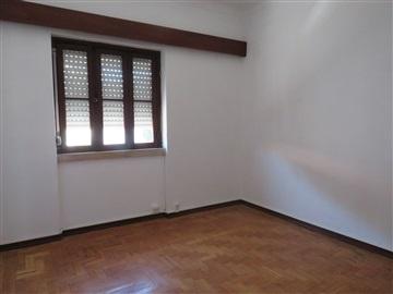Apartamento T3 / Rio Maior, Rio Maior