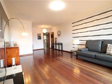 Apartamento T3 / Santa Cruz, Garajau