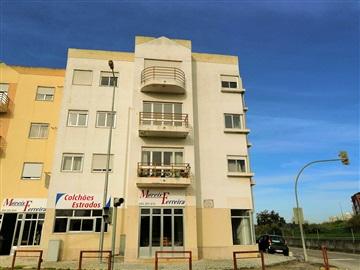 Apartamento T3 / Santarém, São Pedro