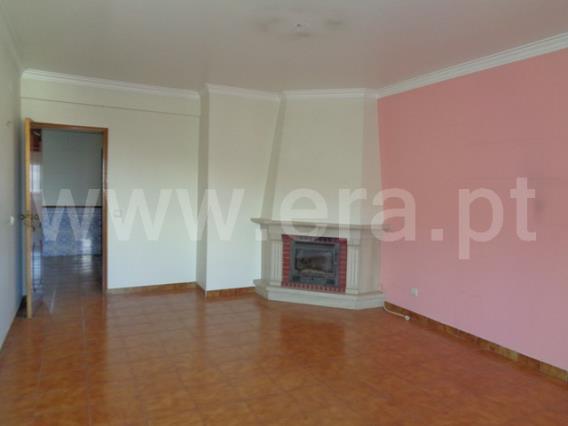 Apartamento T3 / Sintra, Casal de Ouressa