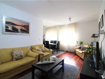Apartamento T3 / Vila Nova de Gaia, Santa Marinha e São Pedro da Afurada
