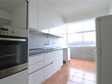 Apartamento T3 / Viseu, Bairro do Vale