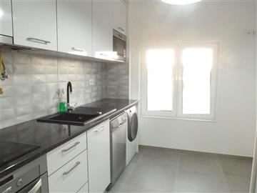 Apartamento T4 / Amadora, Alfragide Sul