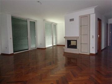 Apartamento T4 / Castelo Branco, 3 Globos