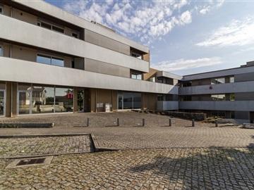 Apartamento T4 / Trofa, Bougado (São Martinho e Santiago)