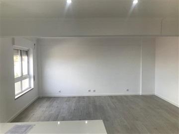 Apartamento/Piso T1 / Oeiras, Barcarena Centro