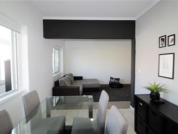 Apartamento/Piso T2 / Almada, Feijó