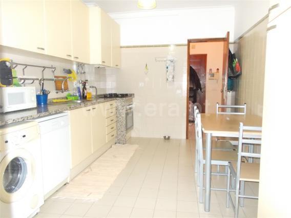 Apartamento/Piso T2 / Moita, Zona 6 - Moita 2 (Moinho, tribunal e bombeiros)