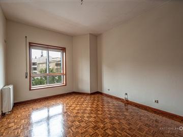 Apartamento/Piso T2 / Porto, Cedofeita, Santo Ildefonso, Sé, Miragaia, São Nicolau e Vitória