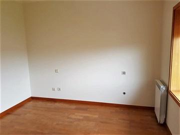 Apartamento/Piso T2 / Santa Maria da Feira, Nogueira da Regedoura