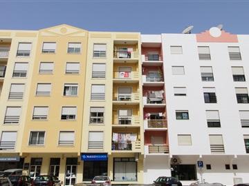 Apartamento/Piso T2 / Torres Vedras, Torres Vedras Centro / Várzea