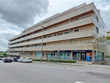 Apartamento/Piso T3 / Guimarães, Oliveira, São Paio e São Sebastião