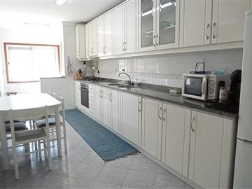 Apartamento/Piso T3 / Oliveira de Azeméis, Oliveira de Azeméis, Santiago de Riba-Ul, Ul, Macinhata da Seixa e Madail