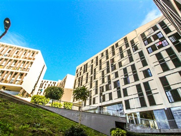 Apartamento/Piso T4 / Funchal, São Martinho