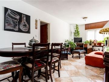 Apartamento/Piso T4 / Loures, Torres da Bela Vista