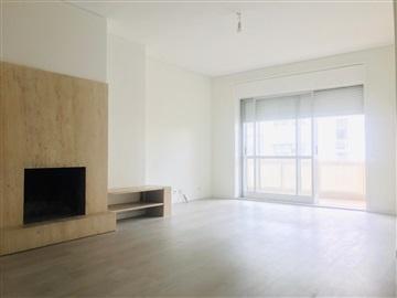 Apartamento/Piso T4 / Porto, Aviz