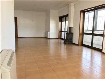 Apartamento/Piso T5 / Barcelos, Barcelinhos