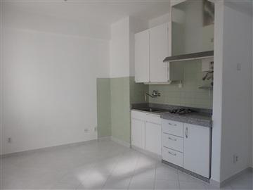 Apartment / Amadora, Reboleira, Águas Livres